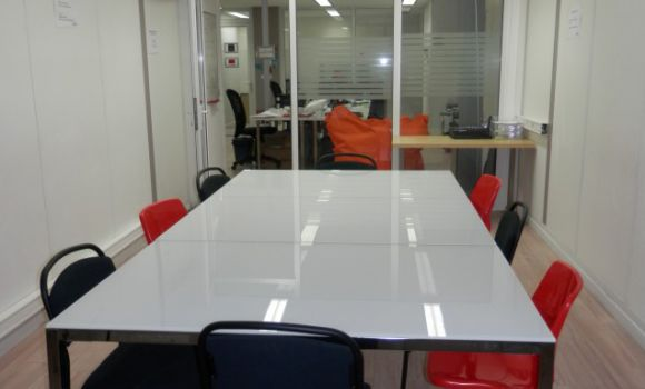 coworking-open-space-paris-urbidesk-1zmz.jpg