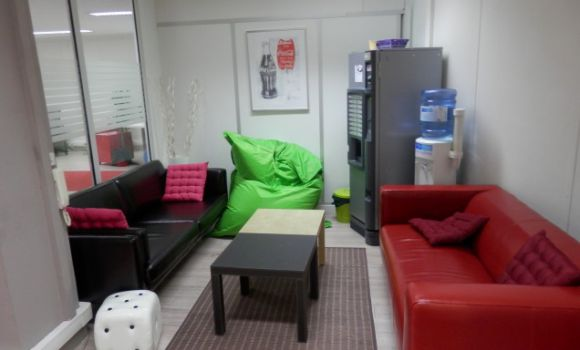 coworking-open-space-paris-urbidesk-qrom.jpg