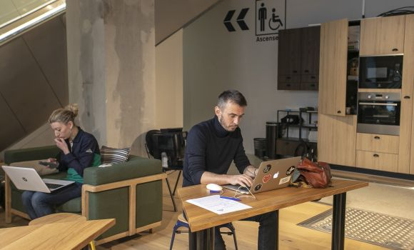 coworking-open-space-paris-urbidesk-sre8.jpg