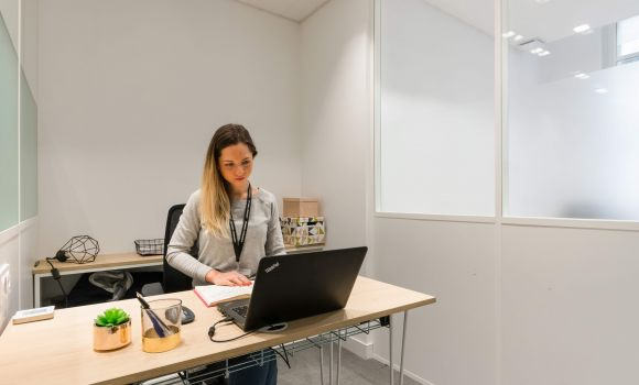 caption/coworking-bureau-ferme-marseille-urbidesk-gsak.jpg
