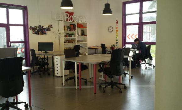 caption/coworking-open-space-la-rochelle-urbidesk-kvvl.jpg